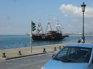 tengerparti nyaralás olcsón, görögország kemping, görögország lakókocsis nyaralás, görögország lakókocsi